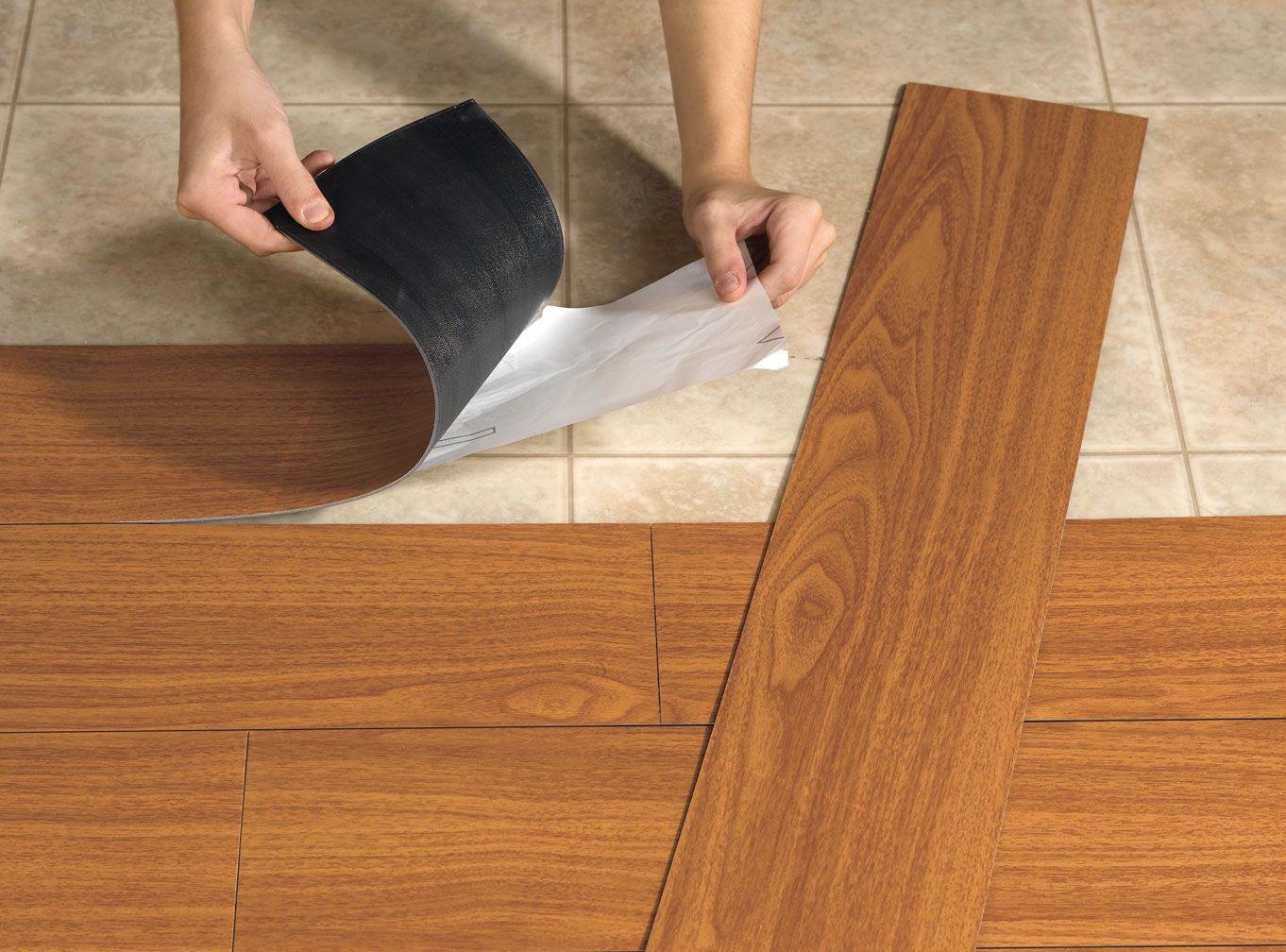 Conhe a 5 tipos de pisos que imitam madeira fm for Tipos de pisos